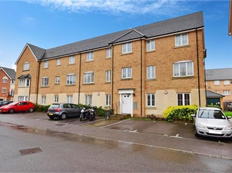 1 bed first floor apartment in Ilford