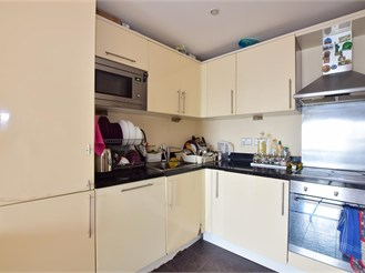 1 bedroom ninth floor flat in Ilford