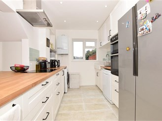 3 bedroom terraced house in Billericay