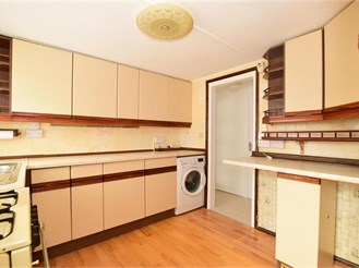 2 bed park home in West Kingsdown, Sevenoaks