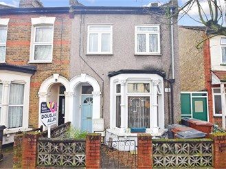 2 bed first floor converted flat in Walthamstow