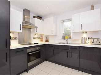2 bedroom first floor apartment in Epping
