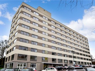 2 bedroom ground floor apartment in Brentwood