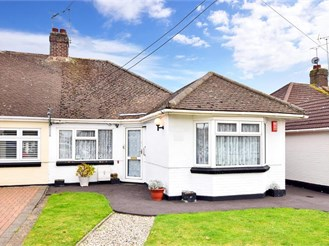 3 bedroom semi-detached bungalow in West Horndon, Brentwood