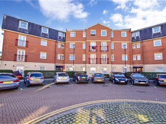 2 bedroom first floor apartment in London E12