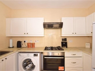 1 bed ground floor flat in Gravesend