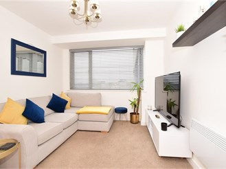 1 bed first floor apartment in Romford