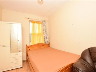 5 bed terraced house in East Ham, London