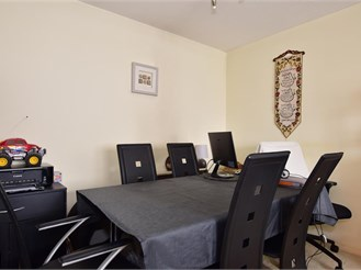 1 bed ground floor flat in Ilford