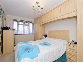 2 bed ground floor flat in Noak Bridge, Basildon